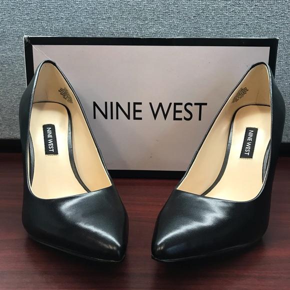 2d2c05741f1 Womens Nine West Flax Black heels Size 6 1/2 M